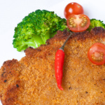Фотосъемка блюд для меню на белой тарелке