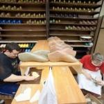Репортажная фотосъемка производства обуви в Москве