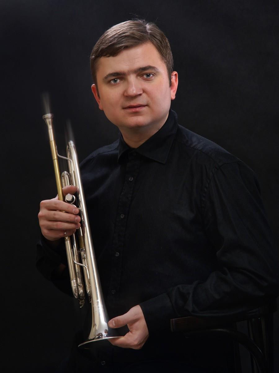 Портретная фотосъемка в студии. Владислав Лаврик.