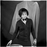 Черно-белый женский портрет в студии. Москва