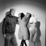 Профессиональная фотосъемка предметов одежды на невидимом манекене (манекен-невидимка).
