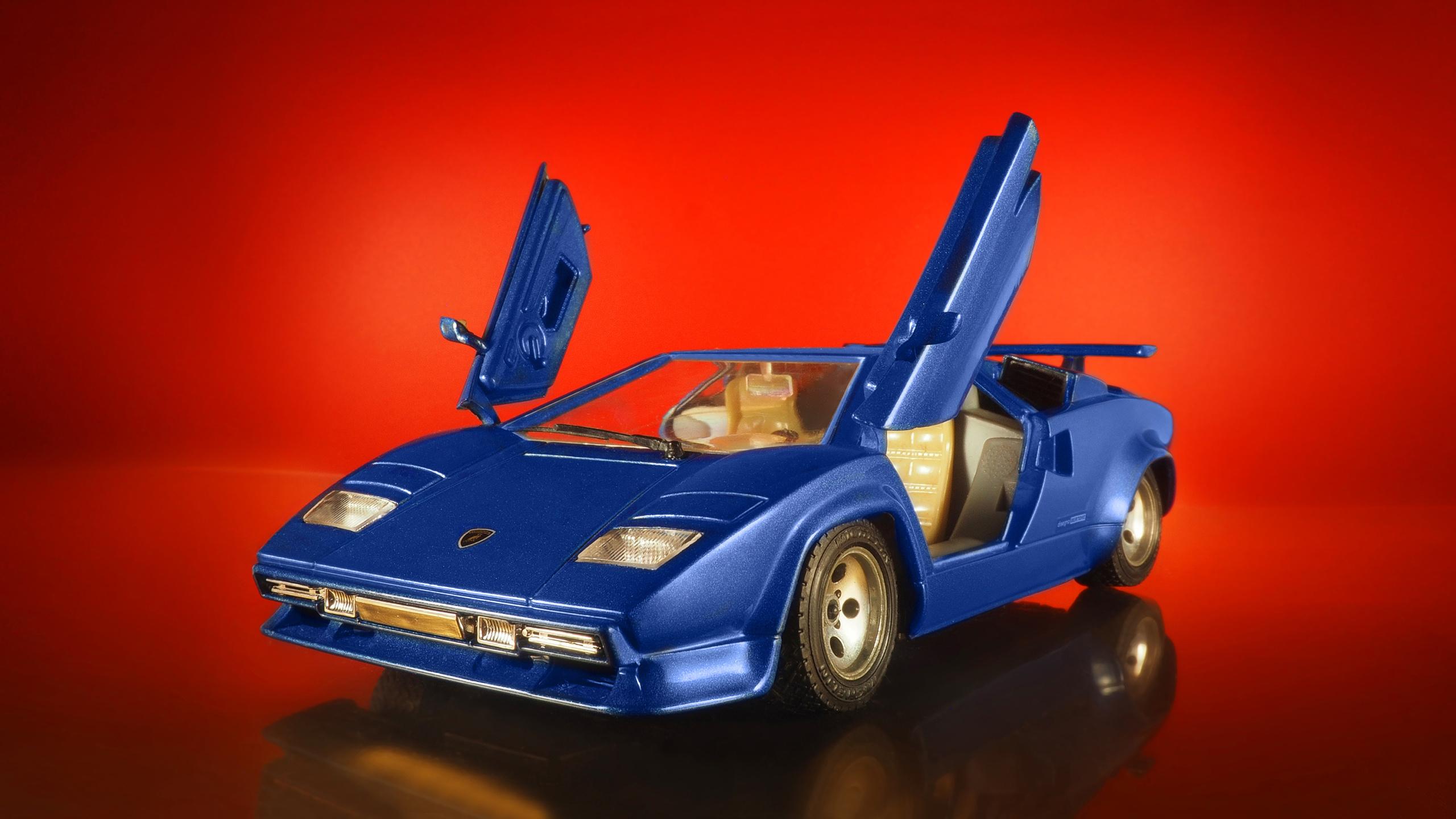 Фотографии моделей автомобилей