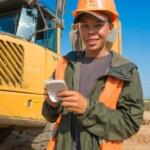 Репортажные портреты молодых строителей. Производственная фотосъемка