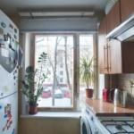 Интерьер очень простой квартиры, сфотографирован для продажи.