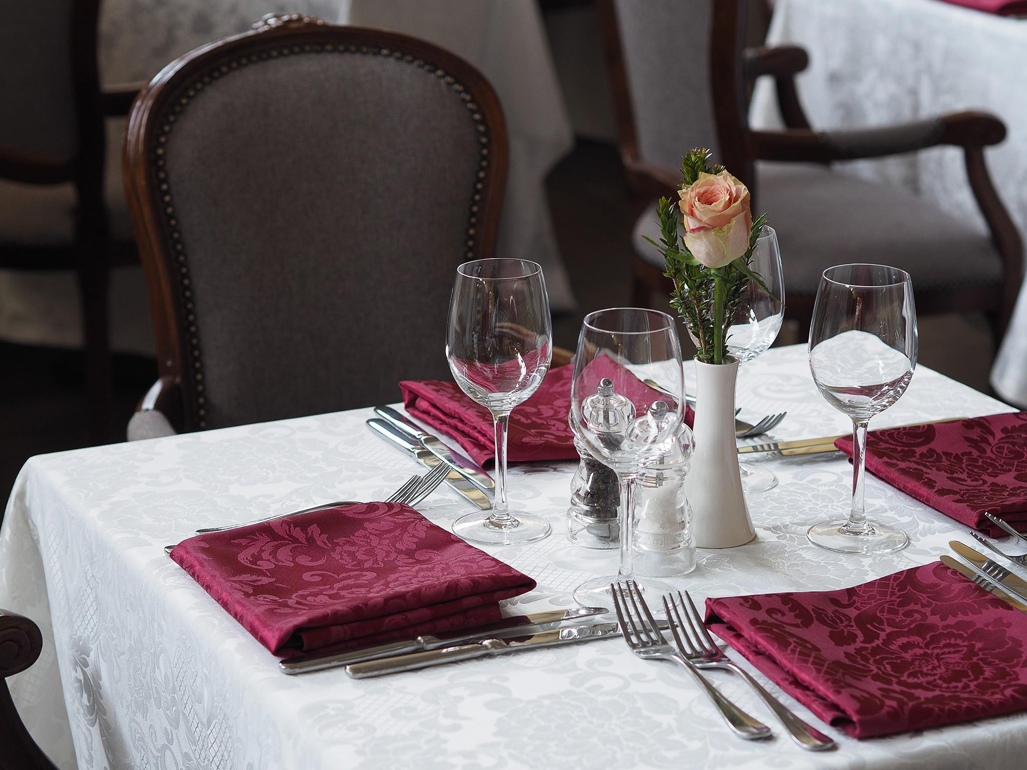 🍽 Интерьер банкетного зала ресторана. Фотографии